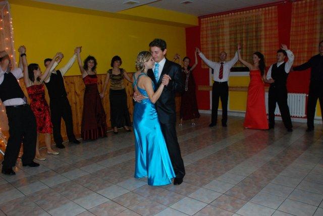 Miriama Spisakova{{_AND_}}Peter Mulik - popolnocny tanec
