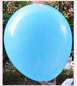 Obří modrý balónek,