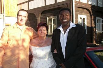 novomanželé a náš svatebčan Idunnu