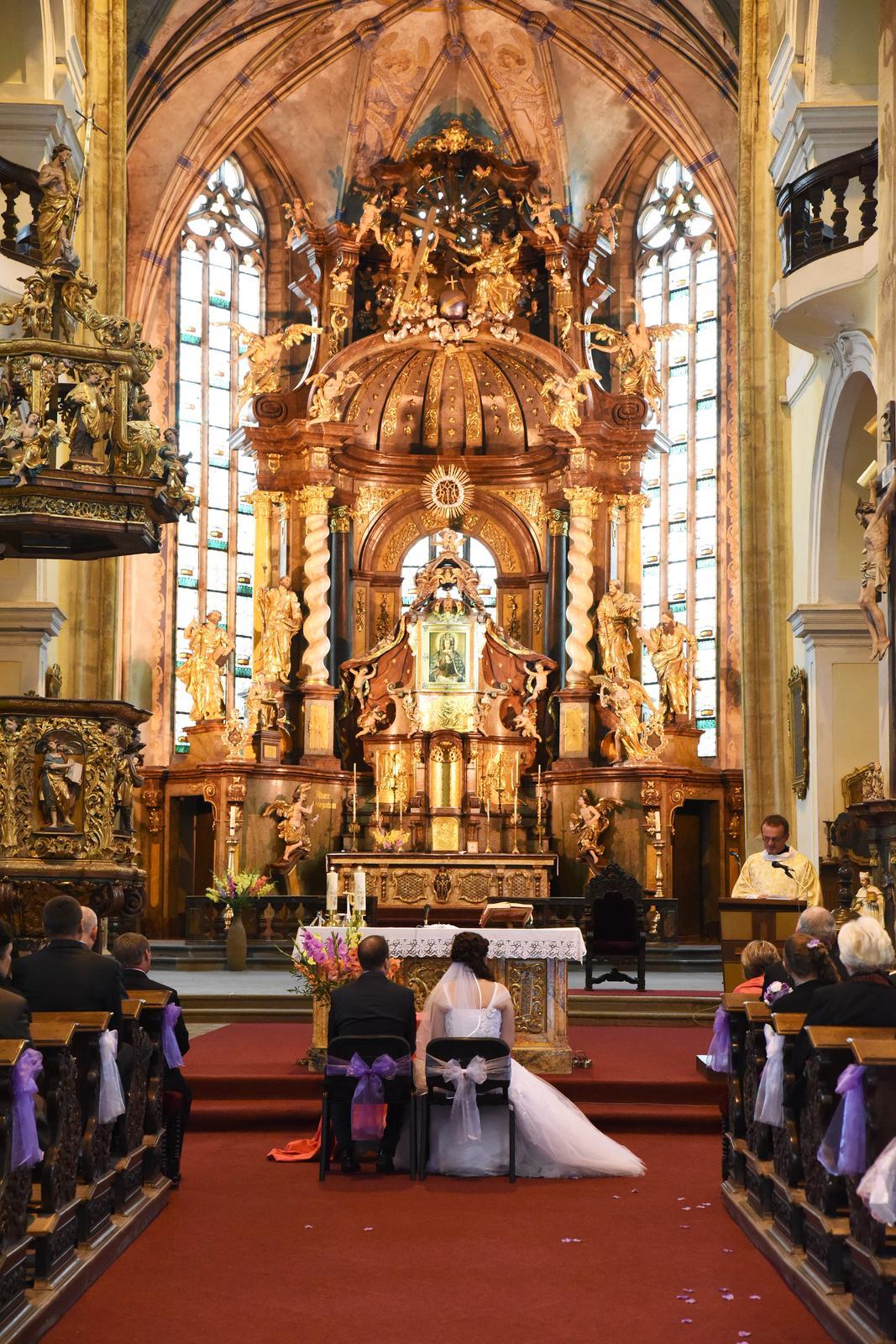 Anna{{_AND_}}Jiří - V kostele ;)