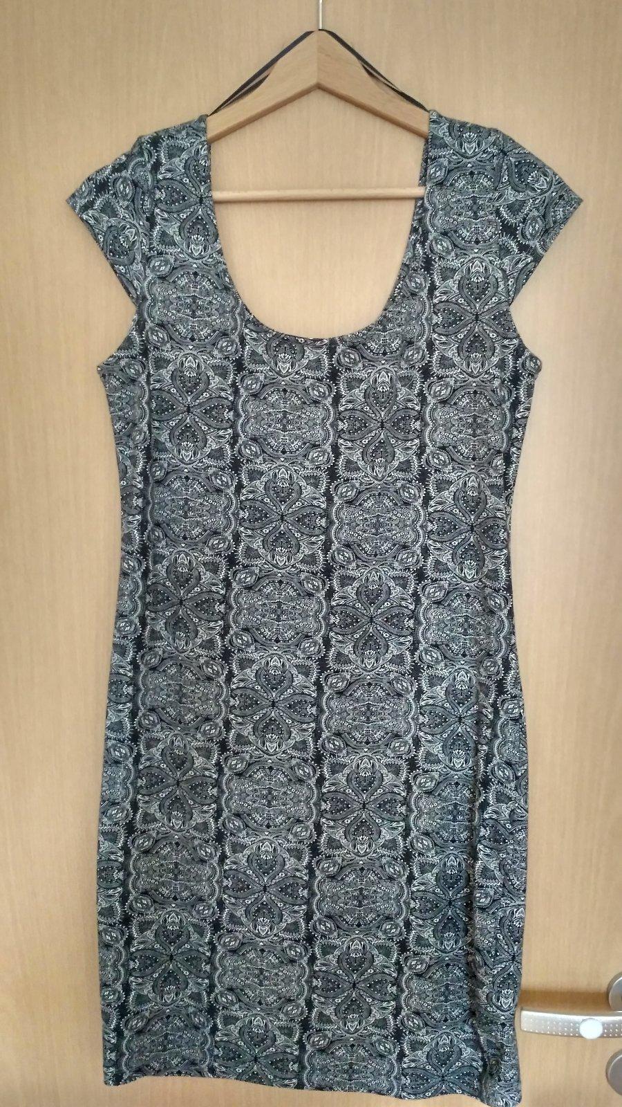 Šaty - nenosené - Obrázok č. 1