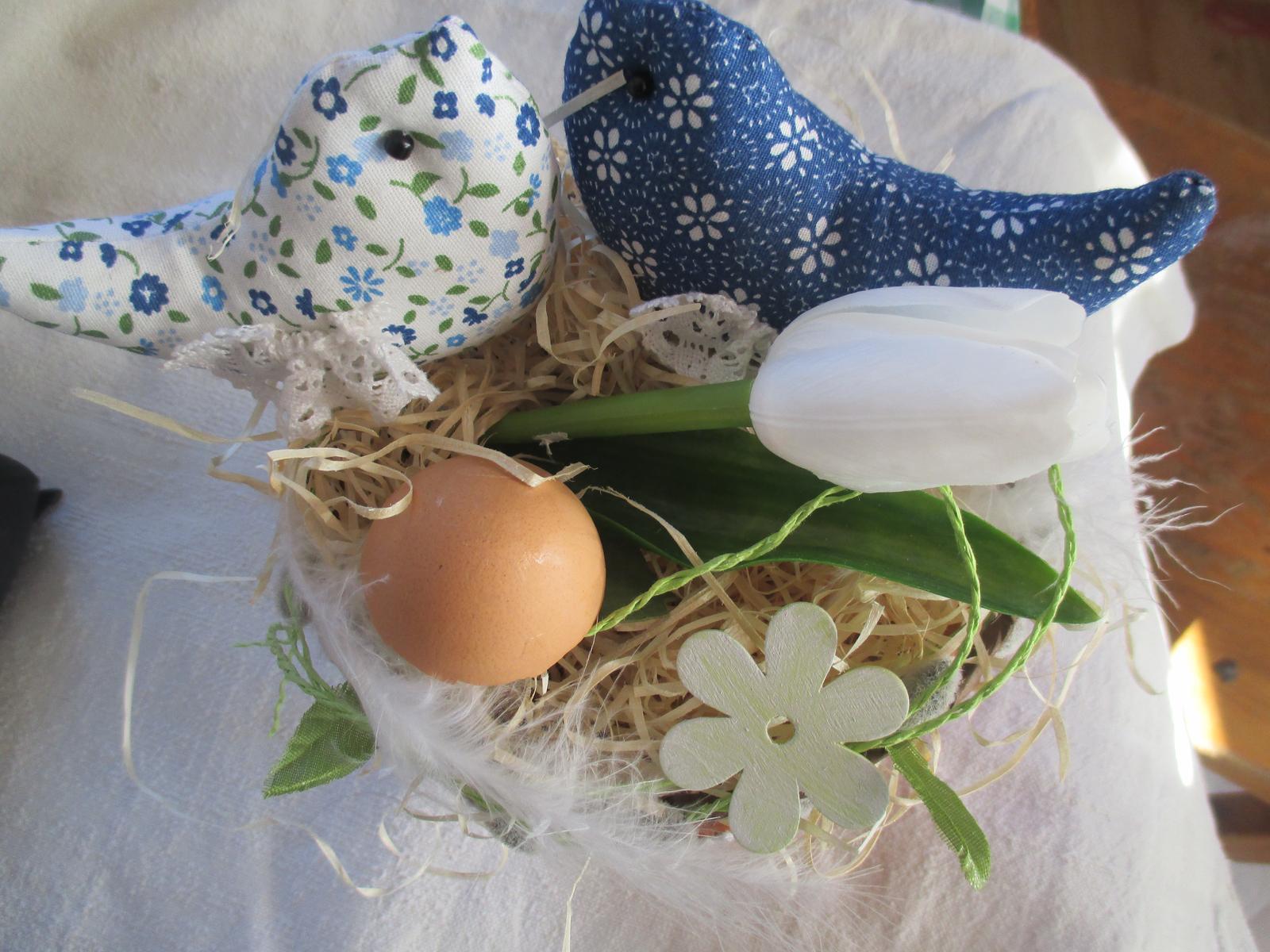 Moje vidiecke výrobky - blíži sa jar, tak dnes som takto takmer až veľkonočnú dekoráciu vyčarila