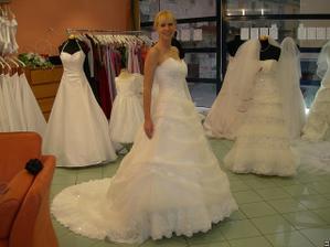 salon Orfea (šaty Jean)