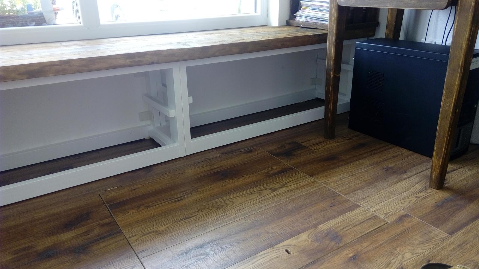 Ako sme vyrábali sedíliu po našom. Z materiálu....čo dom dal :-) - Obrázok č. 17