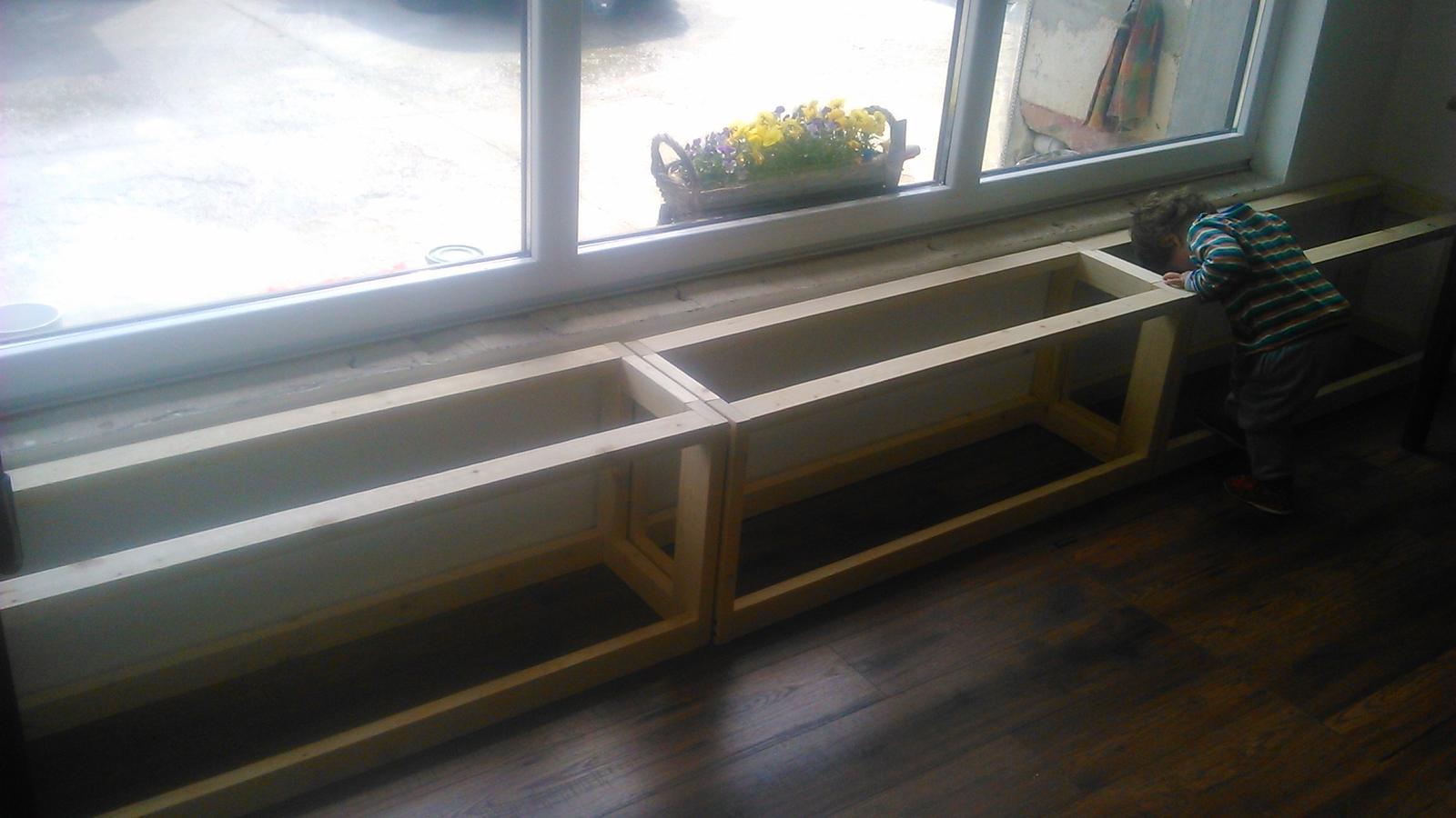 Ako sme vyrábali sedíliu po našom. Z materiálu....čo dom dal :-) - Obrázok č. 35