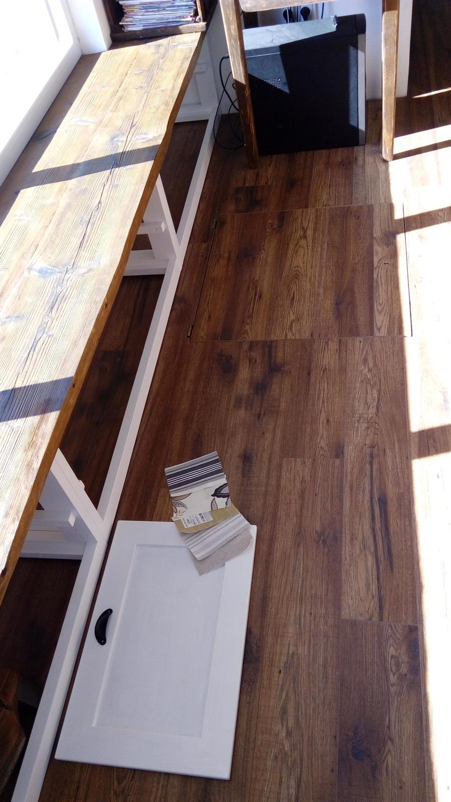 Ako sme vyrábali sedíliu po našom. Z materiálu....čo dom dal :-) - Obrázok č. 12