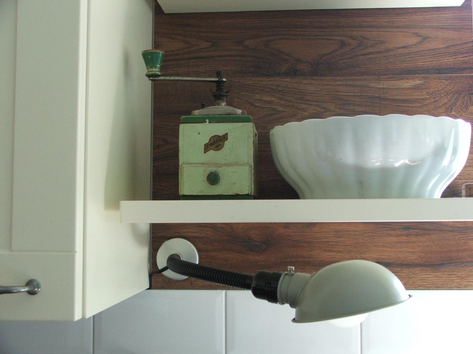 Domov - a taká istá lampa do kuchyne....