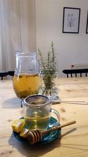 Čaj zo sušených šípok a iných byliniek ;-)