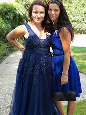 Podařilo se nám dodržet dresscode a téměř všichni jsme byli v modrém.. :D Růžovou jsme vynechali.. :D