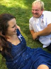 S mým manželem.. čekáme až se vyfotí novomanželé. :)