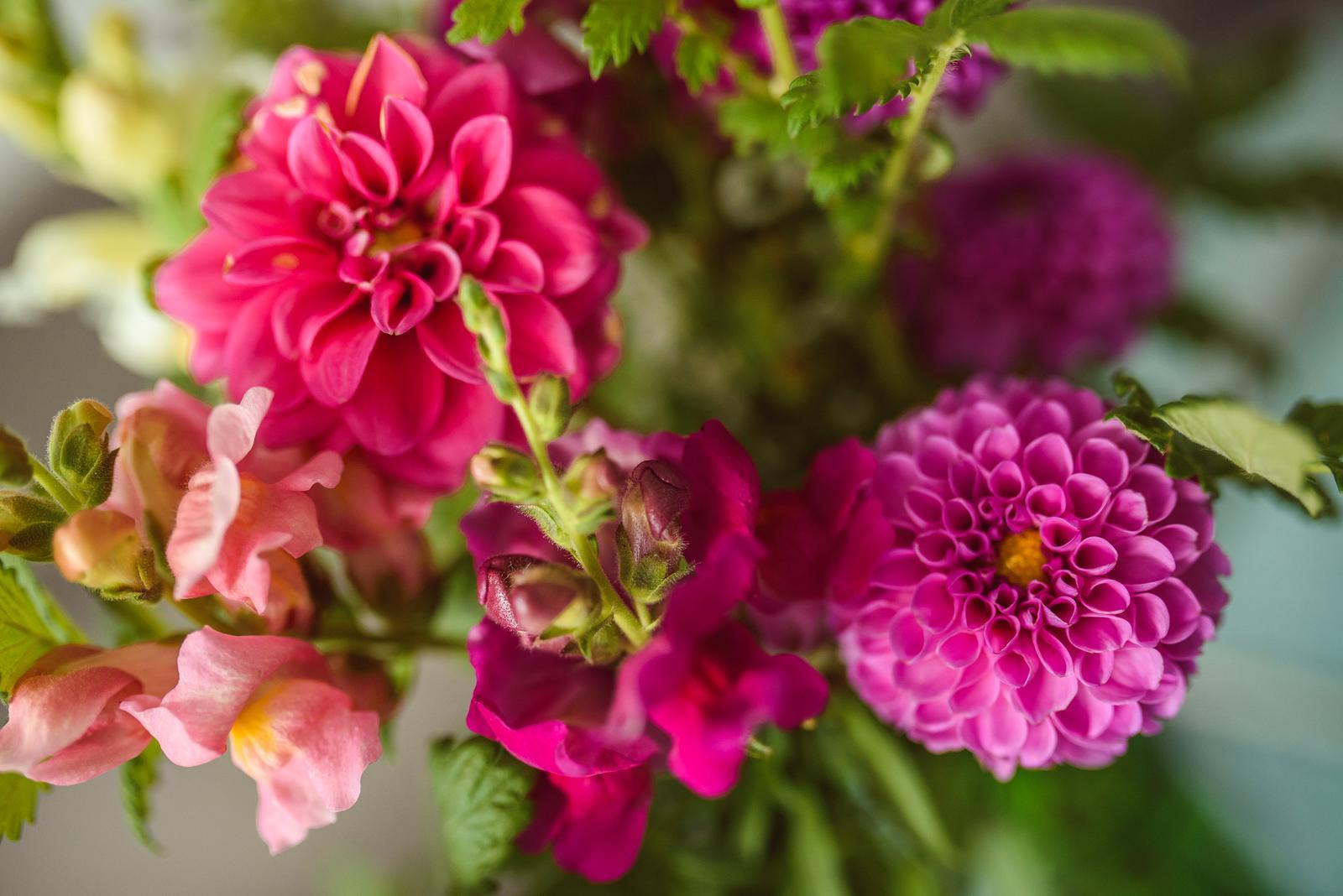 Moje kvetinové aranžmány - Obrázok č. 29