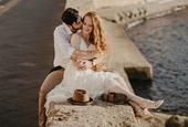 Jednoduché svadobné / popolnočné šaty , 36