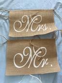 Visačky na židle pro ženicha a nevěstu,