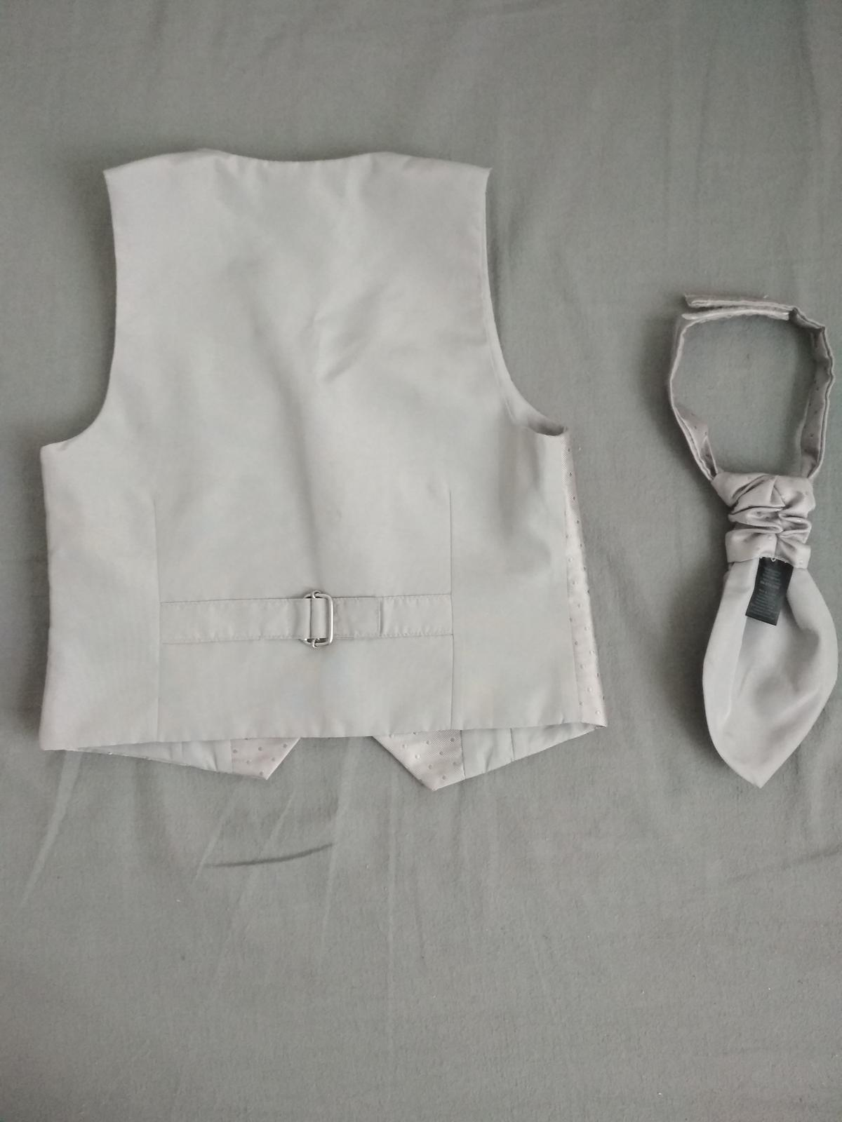 Svadobná vestička s kravatou - Obrázok č. 3