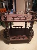 servírovací stolík,