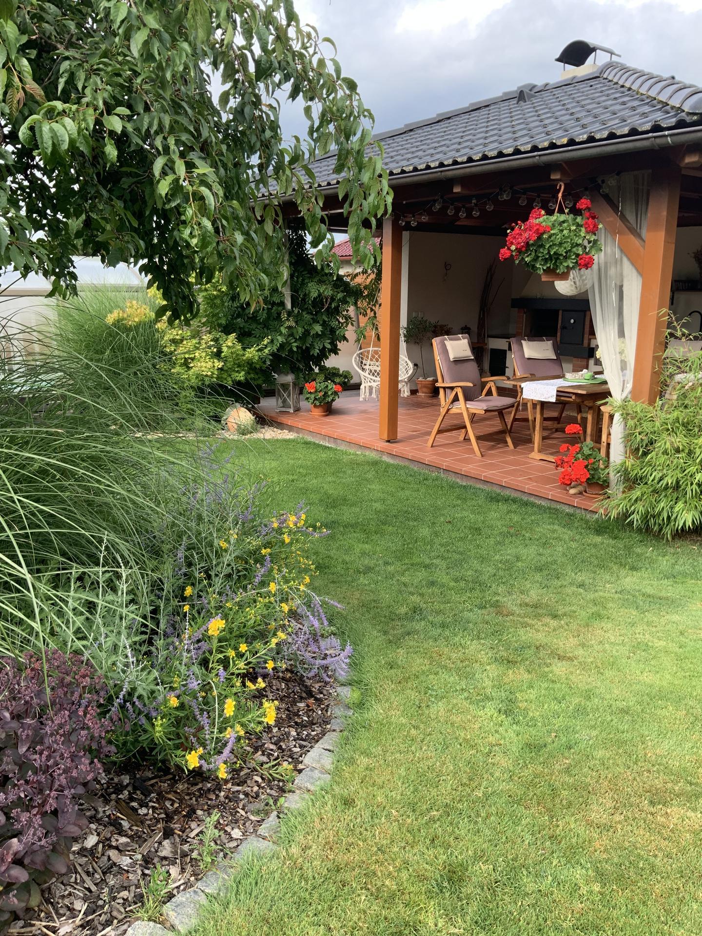 ...Naše zahrada... - Obrázek č. 56