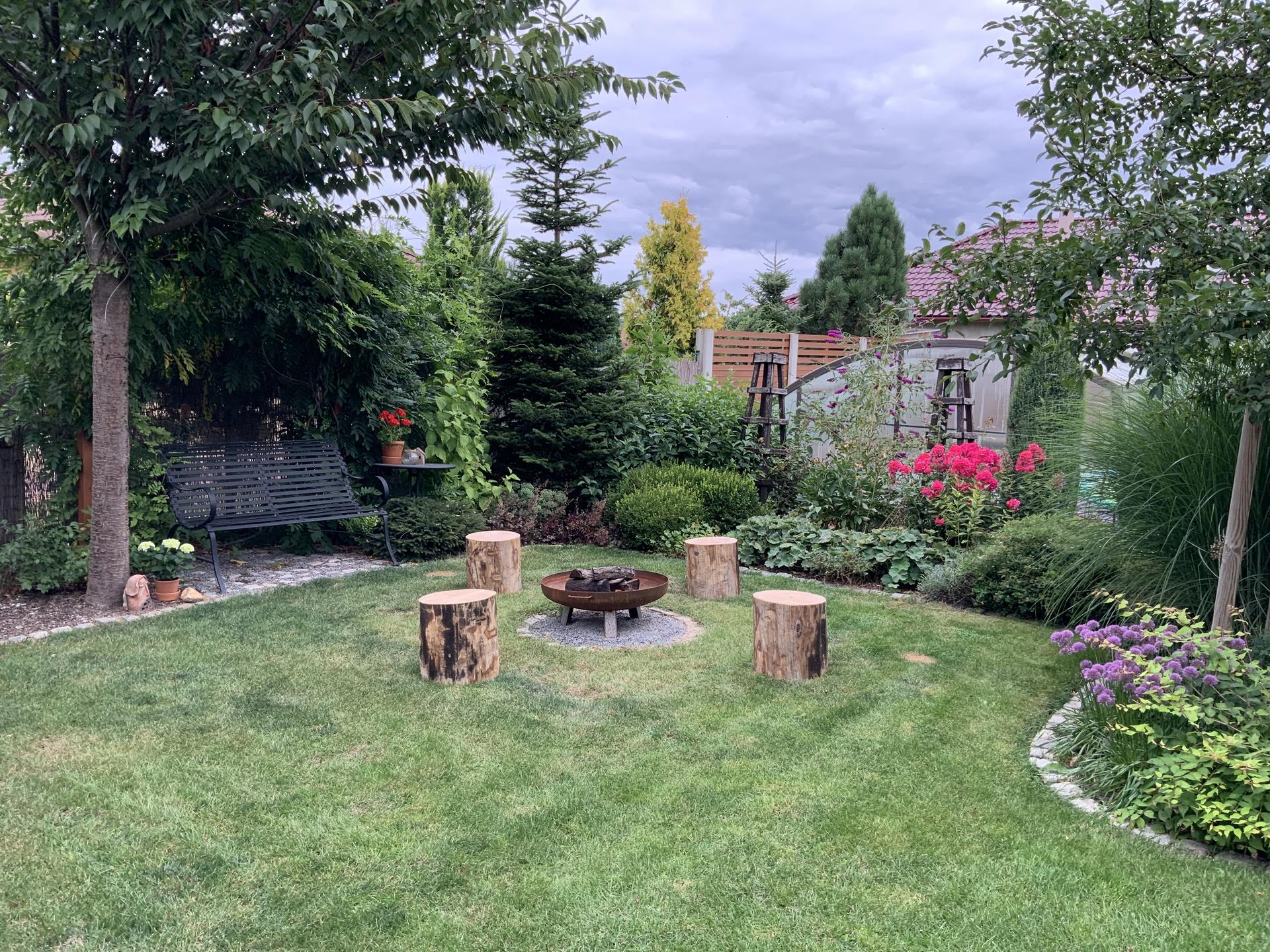 ...Naše zahrada... - Obrázek č. 62