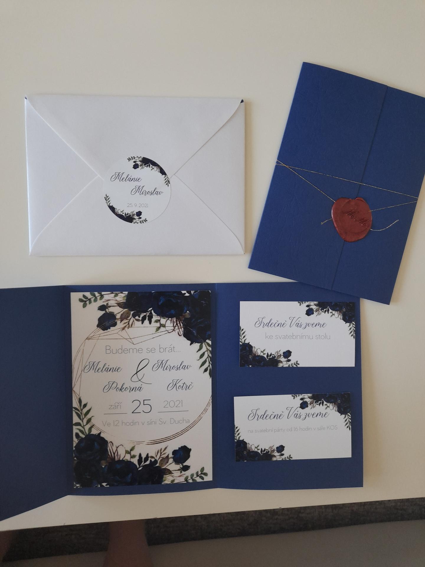 To je ono! :) - Nové svatební oznámení. Opět od firmy výhodný tisk :-) myslím si, že mnohem lepší než to předešlé :-)