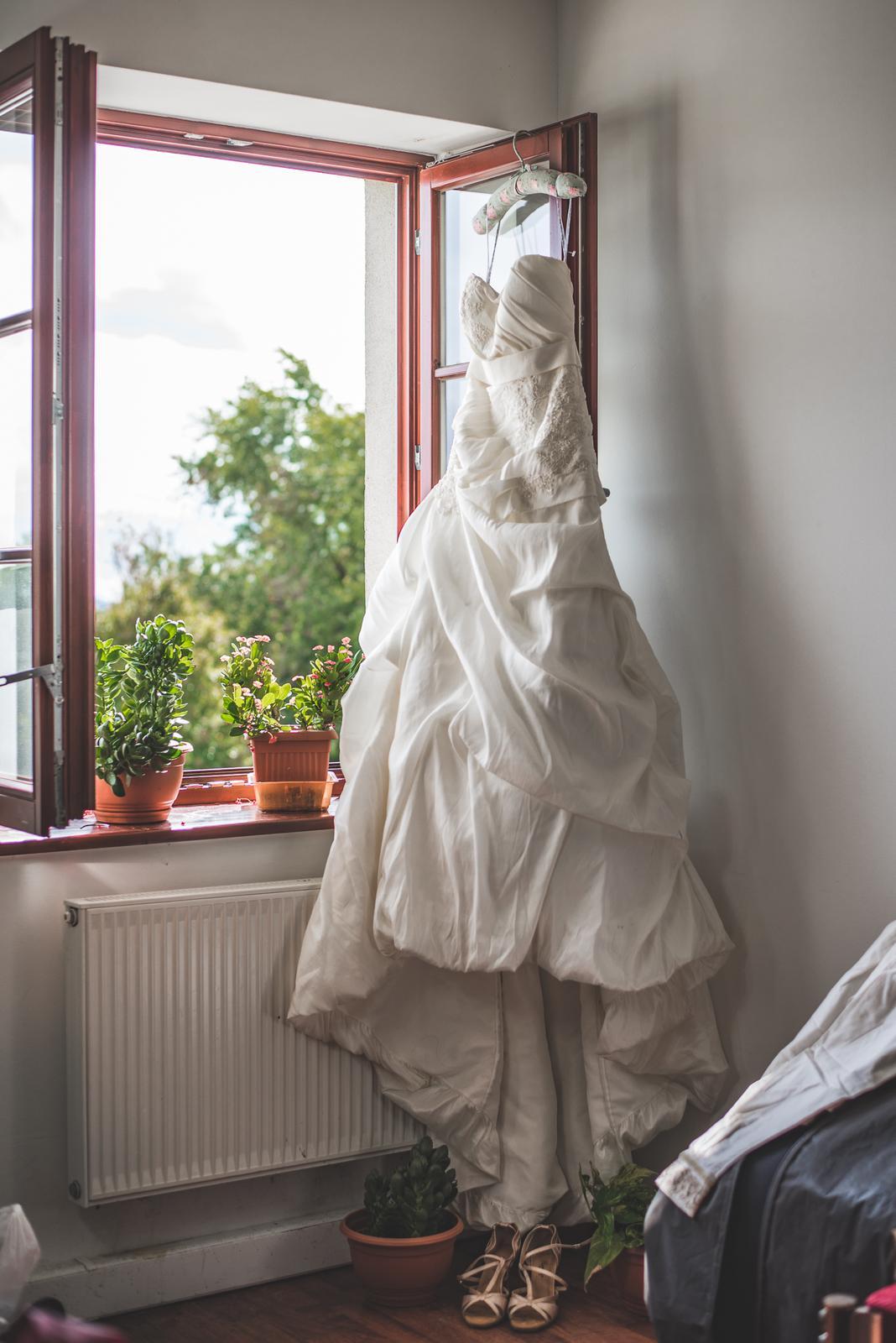 Krásne svadobné šaty z Anglicka; 36-38 Ivory - Obrázok č. 3