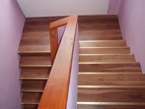 schody nově obložené