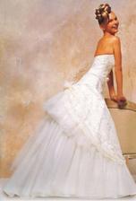 svadobné šaty12
