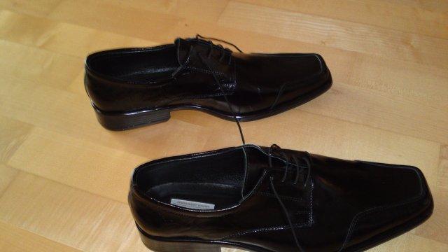 Predsvadobné prípravy - Pavel & Jana - Palove svadobné topánky