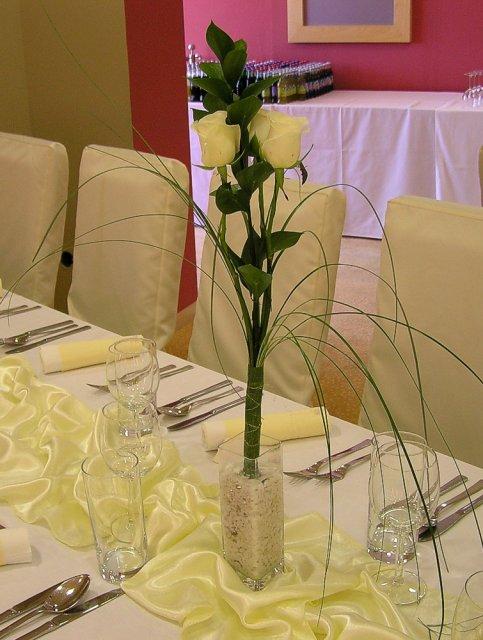 Takto to bude vyzerať - takéto ružičky budú na stoloch pre hostí