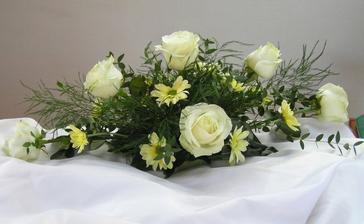 ikebana na svadobný stôl