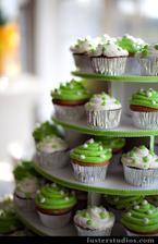 cup cakes ty jsou fakt bozi..:) Asi necham par napect:)