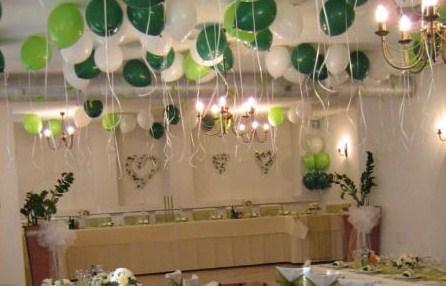 Už sa blíži náš deň D - 25.9.2010... :) - Tak budú balóny (helium) - len v kombinácii bielo-zlatá