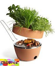 dost vtipné http://www.chic.cz/chic/eshop/21-1-Designove-doplnky-a-dekorace/45-2-Kuchynske-doplnky/5/1633-Originalni-gril-s-kvetinacem