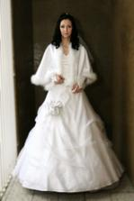 ...vychystana a pripravena vyrazit do kostola :)