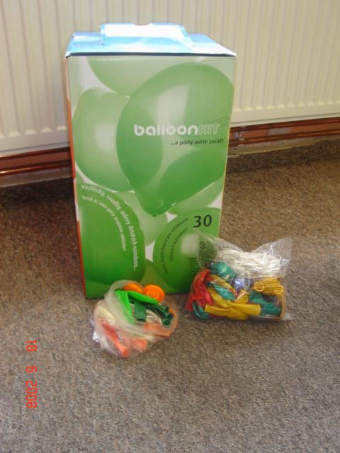 Přípravy - ...tak a máme balónky i s héliem