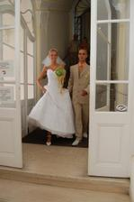 a už vycházíme z úřadu jako manželé :-)