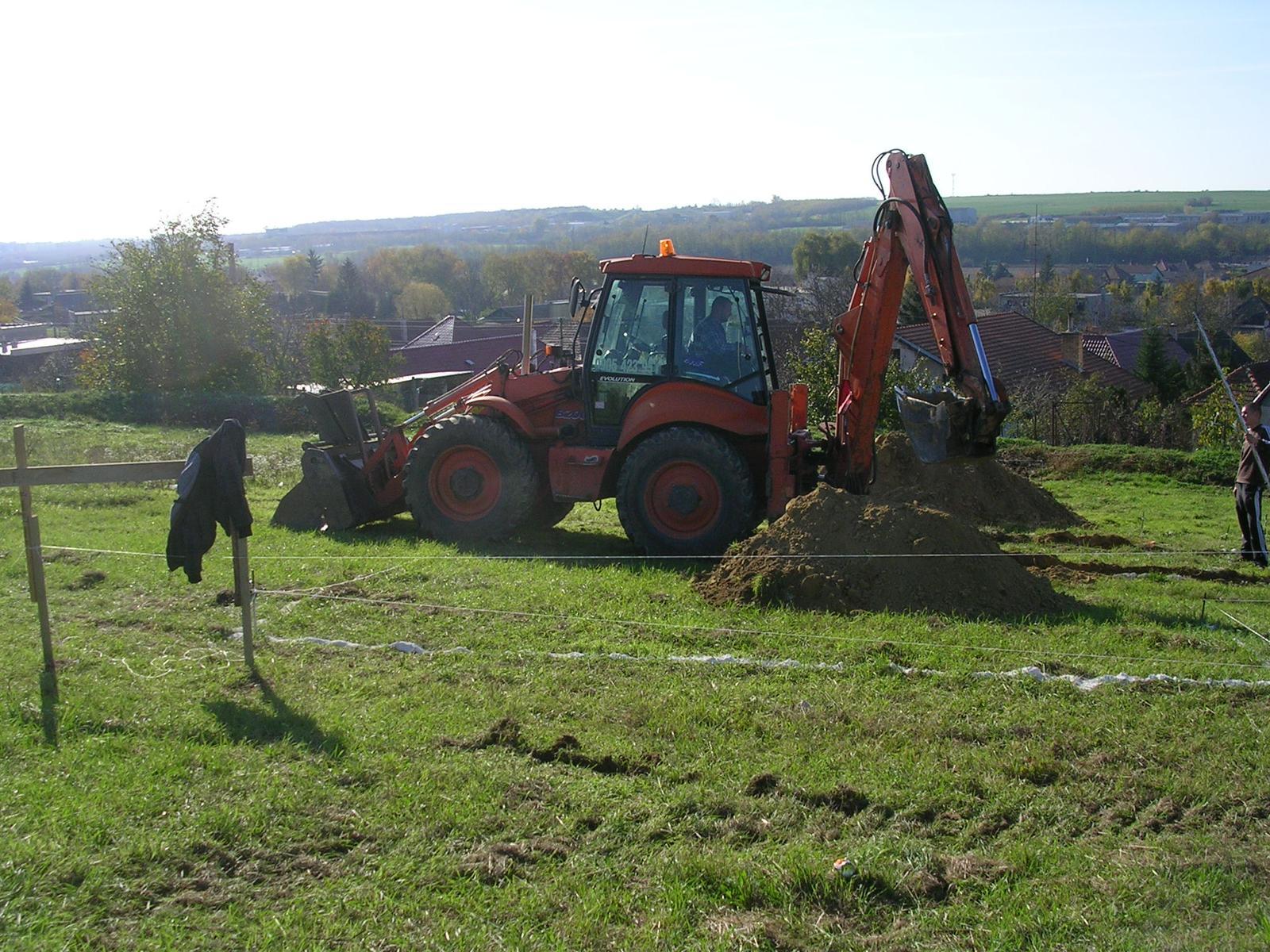 Bungalov 978 po nasom - bagrovanie zakladov