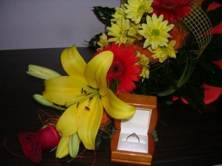 Máj lásky čas - ...nezabudol ani na kvety