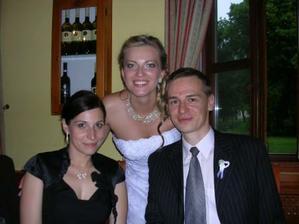Evička mi dosvedčila, že budem svojho manžela milovať a ctiť v dobrom aj v zlom