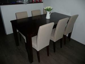 náš nový jídelní stůl a židle....