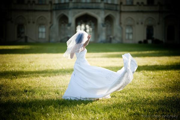 Zdravim, s fotografovanim svadieb... - Obrázok č. 1