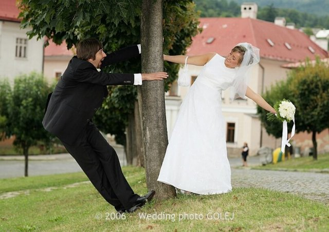 Lenka{{_AND_}}Maciej - Kremnica je úžasné miesto na svadobné fotky....