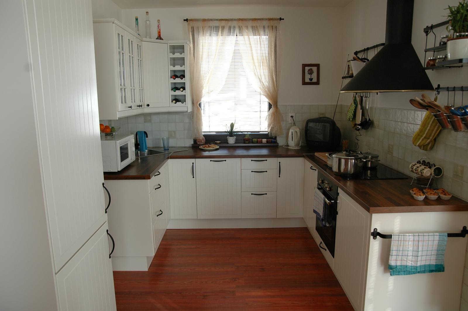 takto vyzera biela kuchyna... - Obrázok č. 1