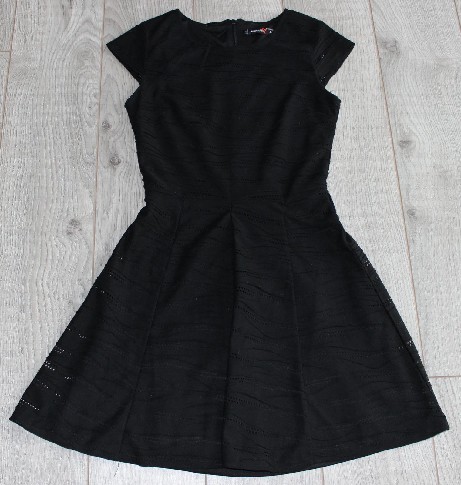 Madeirové šaty - Obrázok č. 1