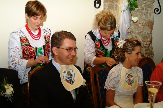 Miruška{{_AND_}}Mariánko - spoločné papanie polievky