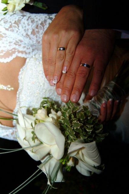 Miruška{{_AND_}}Mariánko - detail na prstienky