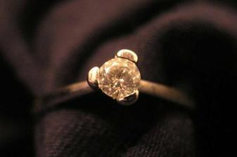 zásnubní prstýnek - Vánoce 2005