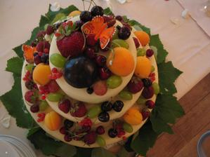 svatební dort z Apetitu...ten nejlepší:)