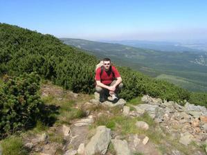 manžílek těsně pod vrcholem a polská strana Krkonoš