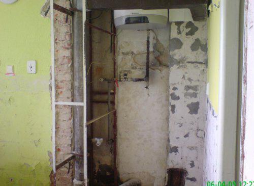 Rekonstrukce špelůňky :o) - 06.04.09 ...jde se na věc :o)