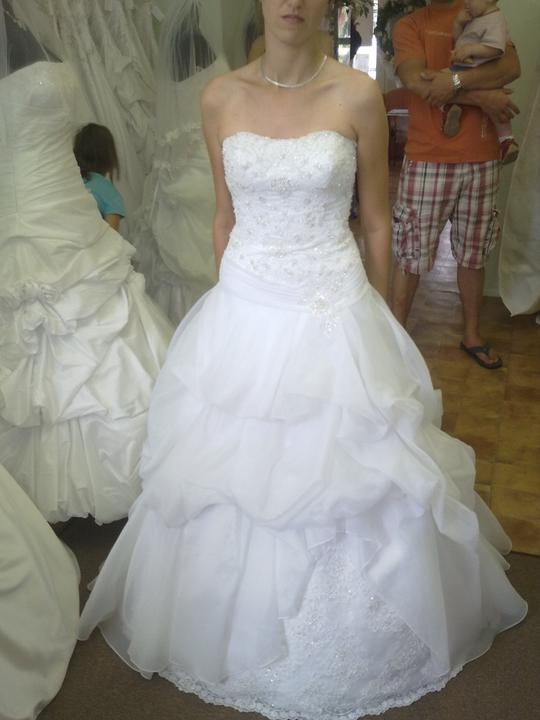 Dilema svadobných šiat - Obrázok č. 1
