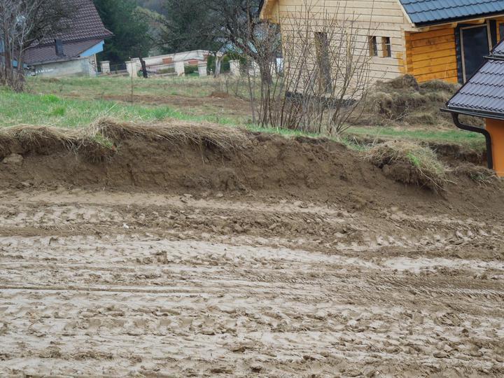 Náš chalupársky sen (Alfa 105) - 12.4.2012 - pokračujeme zajtra, keď to trochu preschne